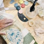 plancha de porcelana teñida